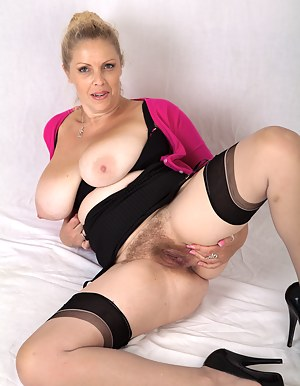 Big Tits Spreading Porn Pictures