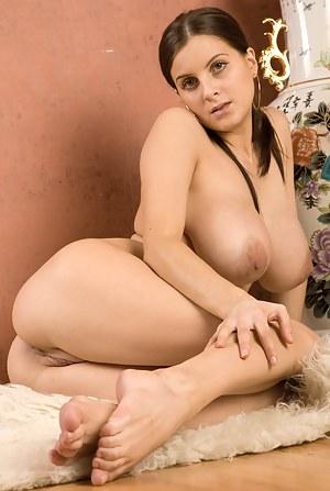 Big Tits Legs Porn Pictures