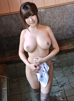 Teen Big Tits Porn Pictures