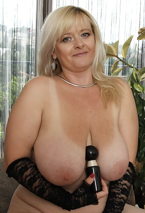 Big Tits Sex Toys Porn Pictures